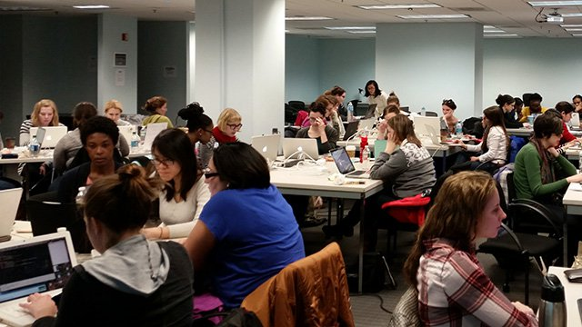 Hear Me Code, free beginner-friendly coding classes for women